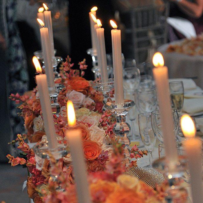 Gary-Tess-WeddingTop-table-lit-up