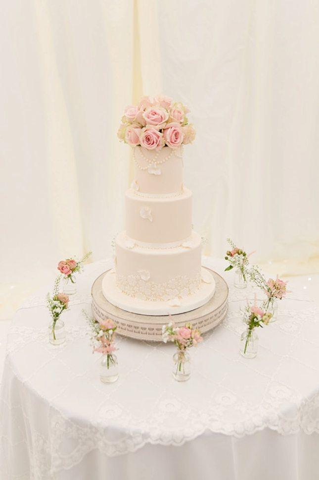 Wedding-at-Spains-Hall-Essex-028