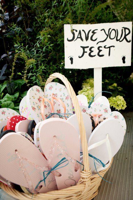 flip-flops-wedding
