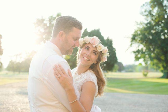 posing-for-your-wedding-photos-0003
