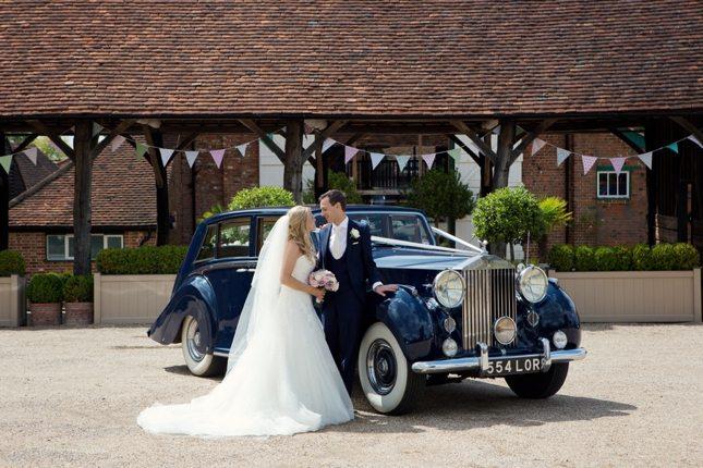 posing-for-your-wedding-photos-0007