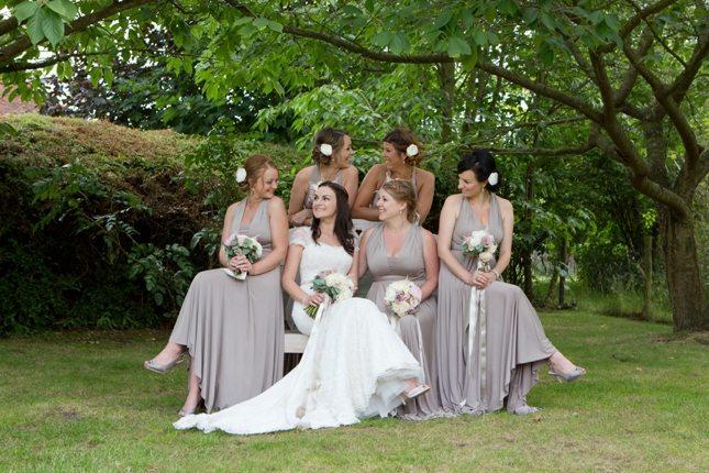 posing-for-your-wedding-photos-0009