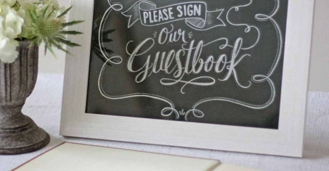 How to style your wedding with signage
