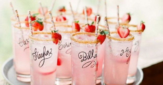 How to do Wedding Signature Cocktails